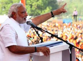 No alliance can save 'mother-son' govt., says Modi in Maharajganj
