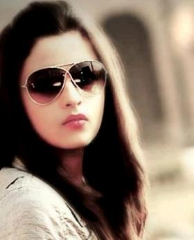 Alia Bhatt dons different shade for new eye wear ad