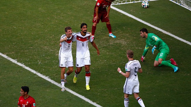 Muller's Hattrick Helps Germany Beat Portugal 4-0