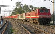 Maoists blow up railway track in Bihar