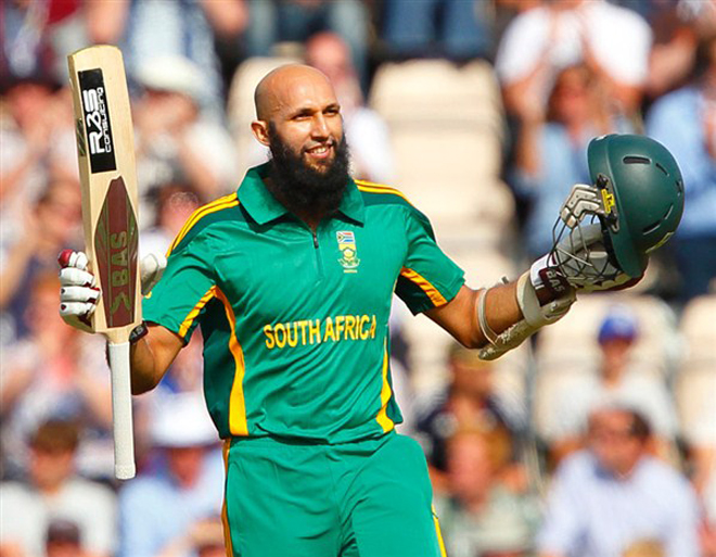 Amla's knock help SouthAfrica lead the 3 match series by 1-0 against Srilanka