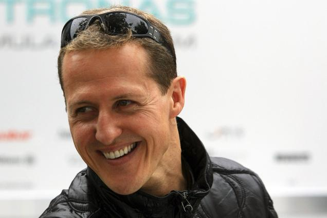 Michael Schumacher has left hospital to continue his recovery at home
