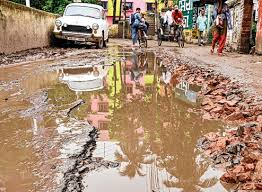 Pathetic Condition of roads in Liluah and nearby suburbs