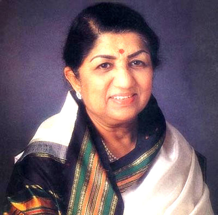 Queen Lata Mangeshkar was mimicked by a small-time female comedian