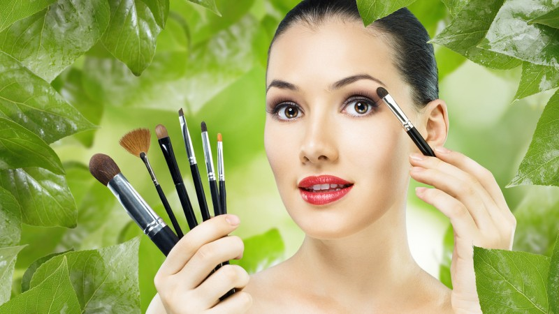 Beauty Tips & Tricks Every Woman Needs to Know