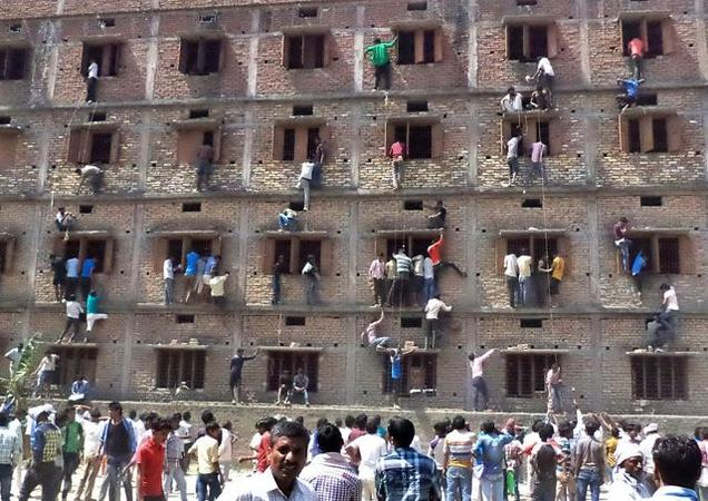 550 students expelled for cheating on school exams in Bihar