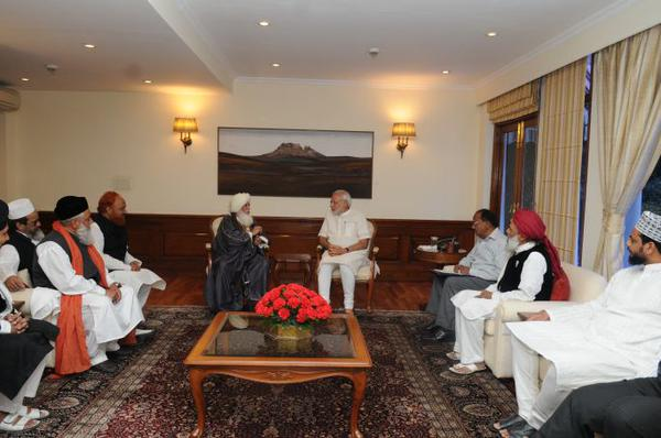 PM Modi meets Muslim leaders, promises full support to community
